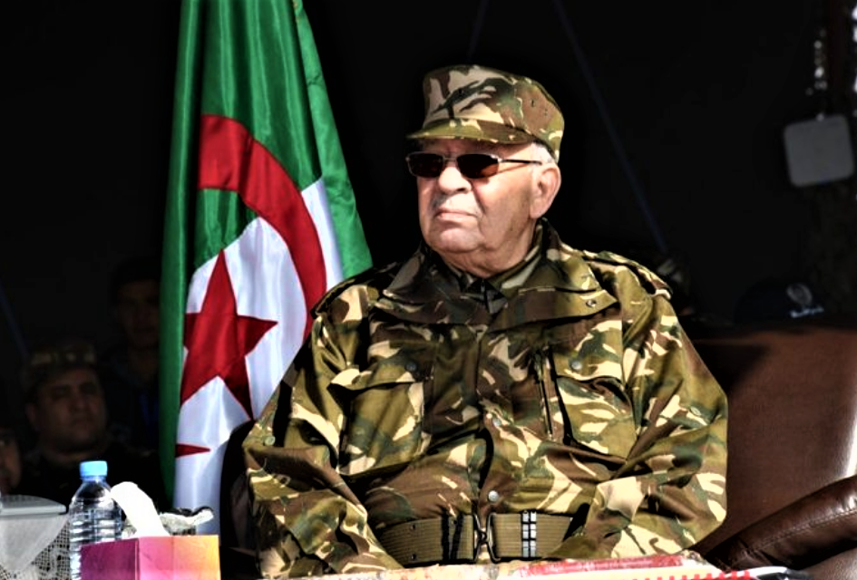 Algerians Fear Gaid Salah Turning into Another Al-Sisi
