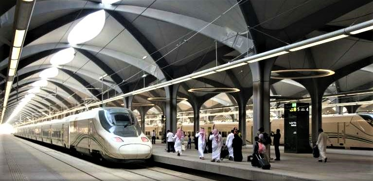 GCC Railway Project Held Up by Financial Problems and Qatar's Exclusion