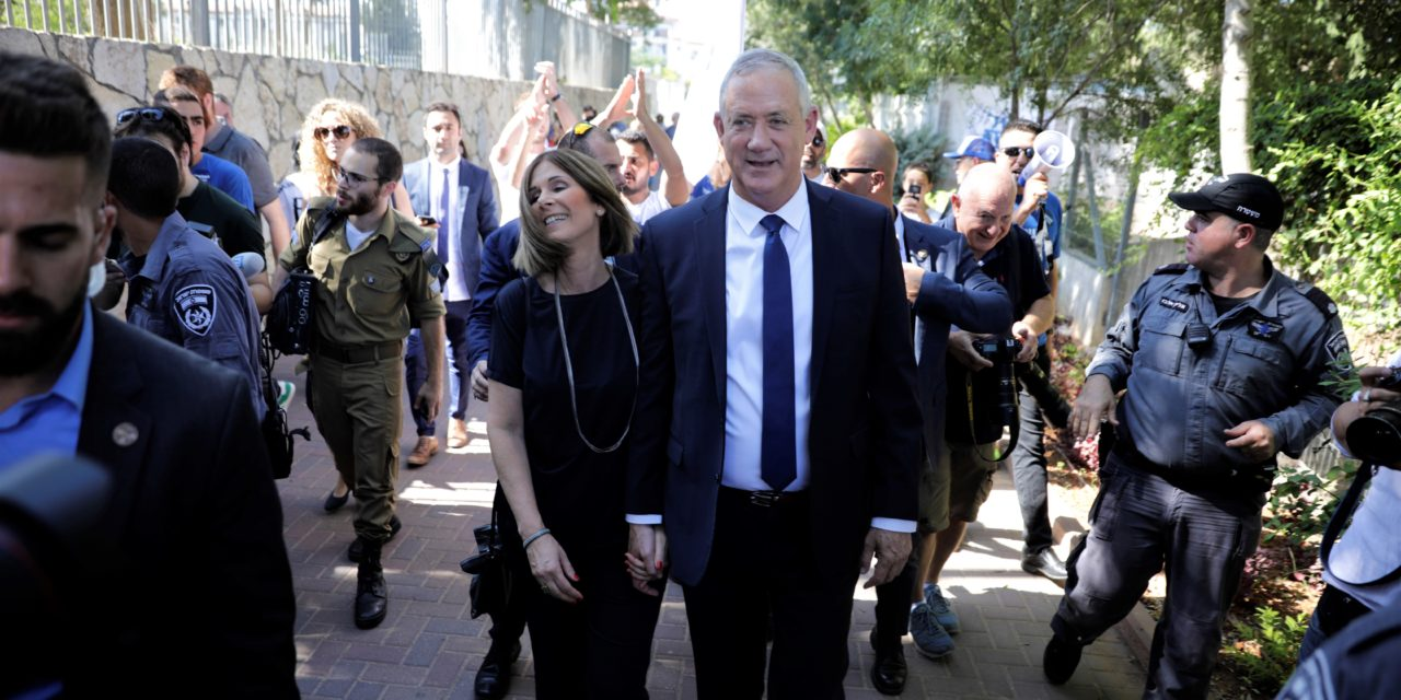 The Choice of Gantz or Netanyahu Exposes Palestinian Differences